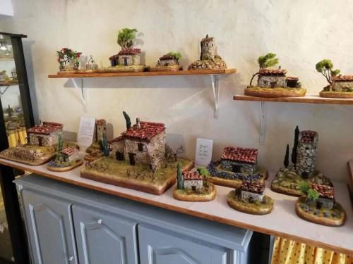 08 août 2020 le petit cabanon du var de jacruscaline à collobrières fabrication artisanale de souvenirs et cadeaux provençaux