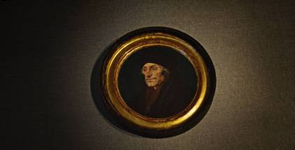 Miniaturowy, 14 centymetrowy, okrągły portret Erazma z Rotterdamu z 1532 roku. Holbein w ostatnich 10 latach swojego życia namalował ponad 150 portretów