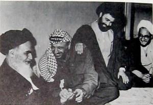 بالفيديو: ابو عمار على شرفة السفارة الإسرائيلية في طهران
