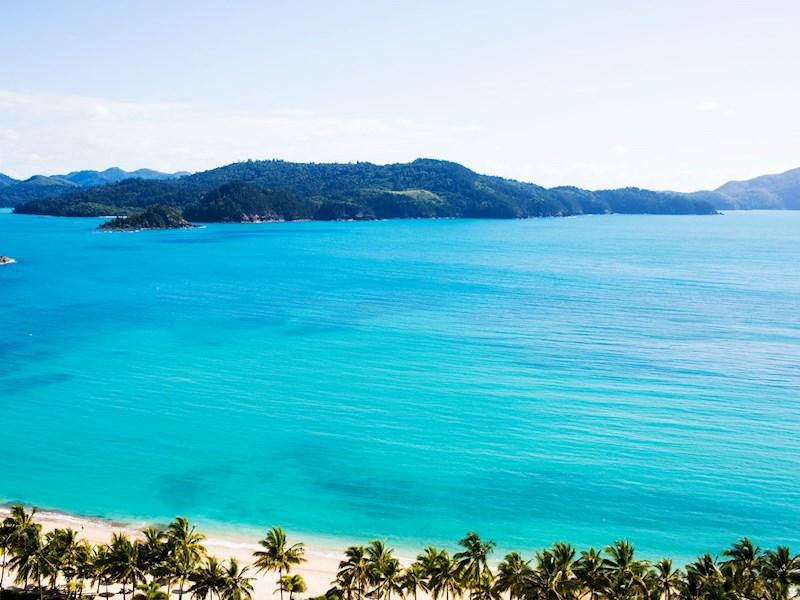cheap flights to Hamilton Island