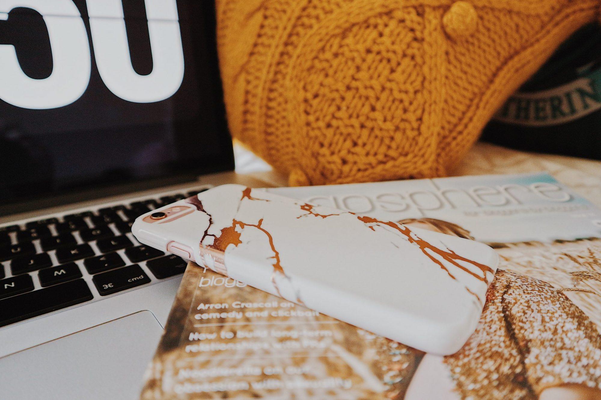 MacBook Pro + iPhone 6s + Blogosphere Magazine