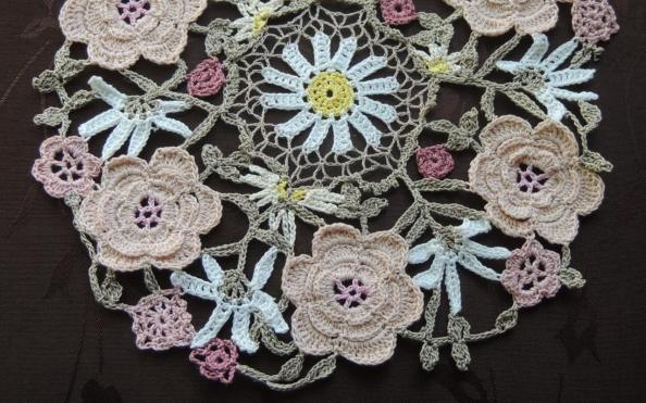 crochet_wildrosesdoily_featured