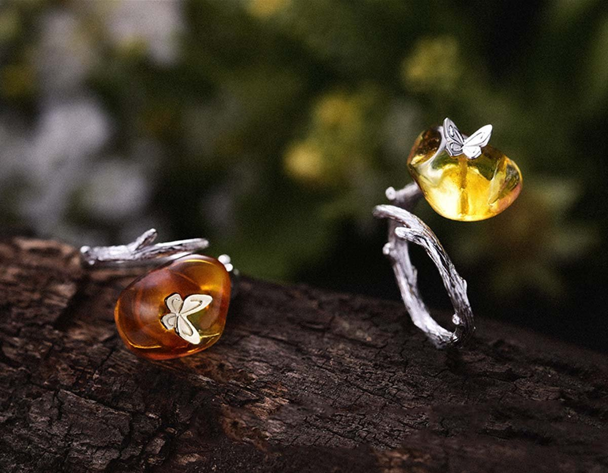 https://www.lotusfun.com/products/butterfly-on-amber-ring