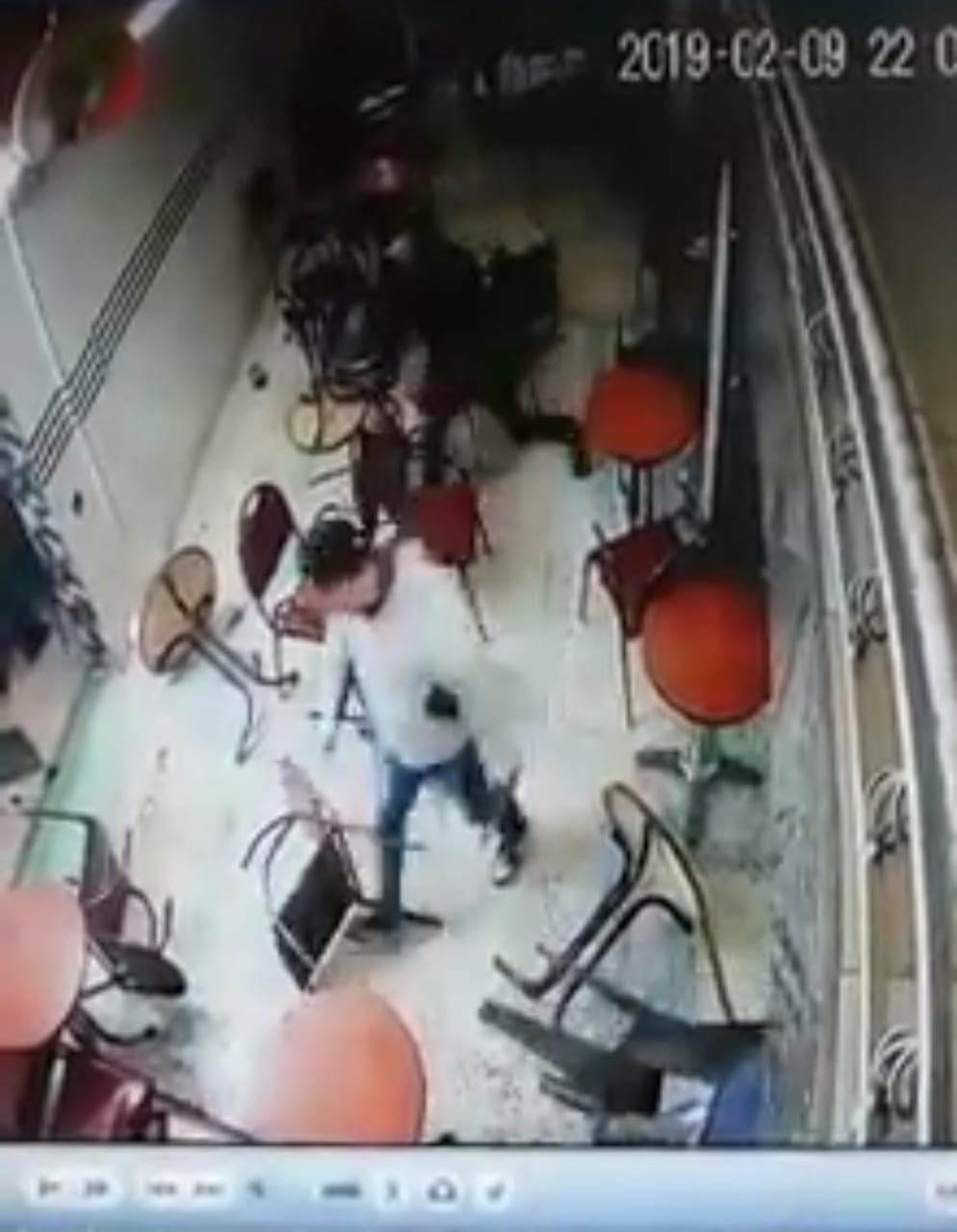 فيديو يستنفرُ الأمن والبحثُ جارٍ عن المشتبهِ بهِ