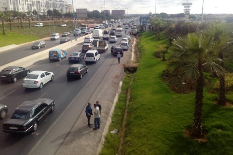 وفاة شابة إثر حادث سير بعد رشق سيارتها بالحجارة في فاس