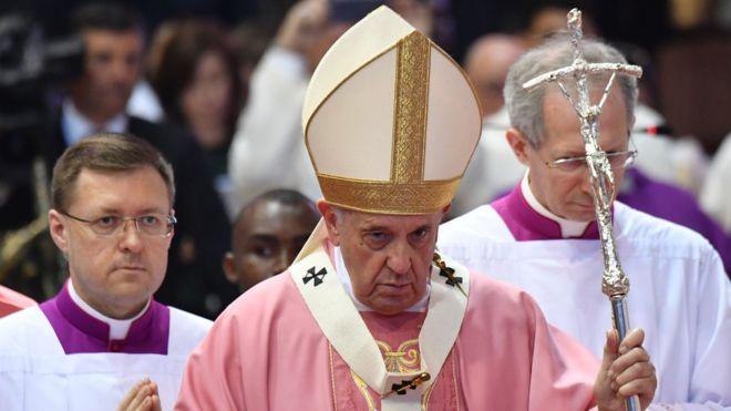 هذا سبب بكاء البابا فرانسيس تأثرا على الحدود قبل وصوله إلى الرباط