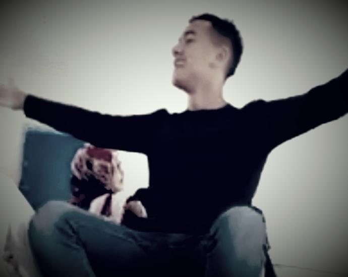 مهزلة بالفيديو…رقص وغناء داخل القسم