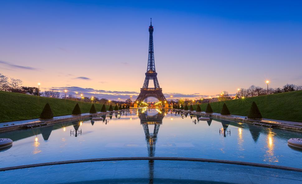 باريس أغلى مدن العالم معيشة ودمشق وكاركاس أرخصها