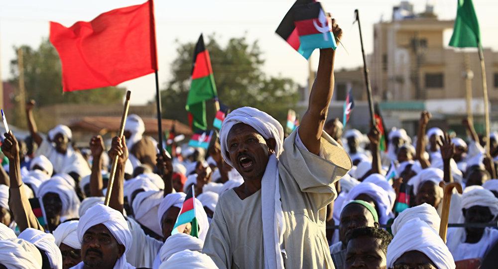 استقالة رئيس جهاز الأمن والمخابرات السوداني