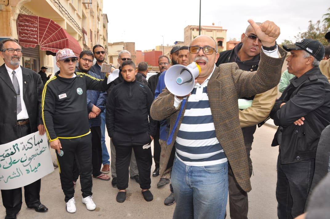 صور..تلوث الماء الصالح للشرب يخرج سكان الفقيه بن صالح للاحتجاج
