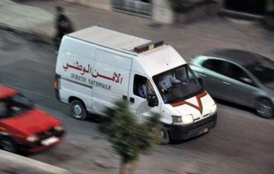 بالفيديو..مطاردة هليودية لرجال أمن البيضاء يقفون شخصين مسلحين