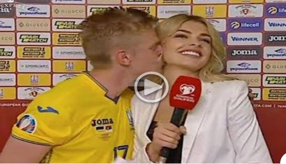 """بالفيديو..زينشينكو لاعب """"مانشستر سيتي """" يقبل مذيعة أوكرانية على الهواء"""