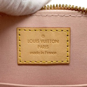 Louis Vuitton Rose Ballerine Vernis Alma BB