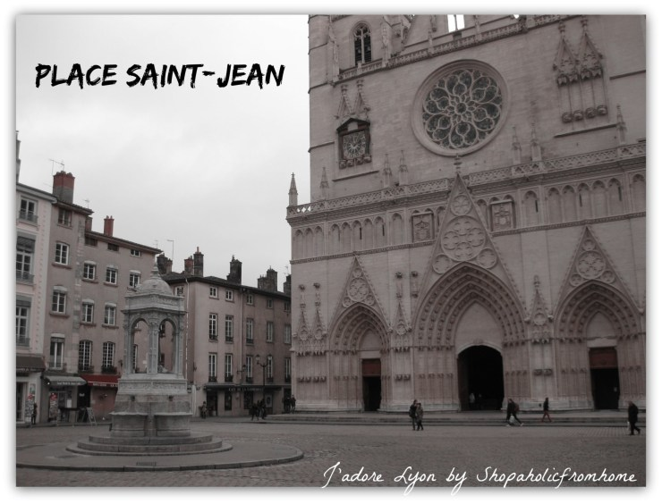Picnic at Place Saint-Jean