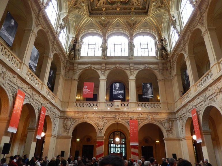 Quais du Polar at the Palais de Commerce in Lyon