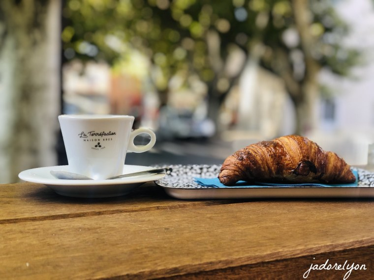 Take your baby for a coffee to the babies and kids friendly cafés in Lyon