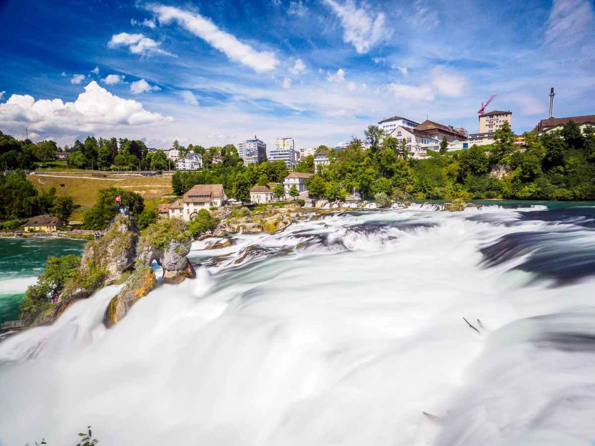 Rheinfall – słynna atrakcja północnej Szwajcarii