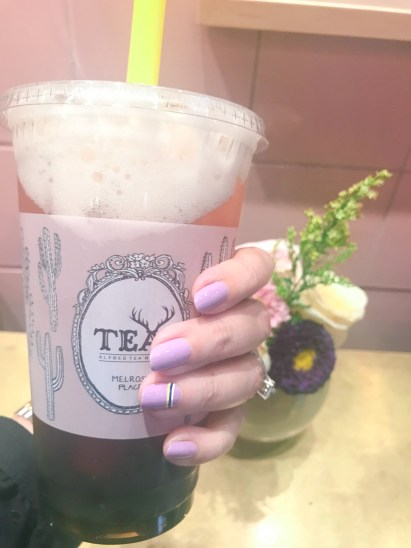 manimonday-nailart-essie-alfredtea-jcrew