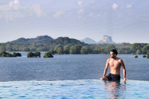 Infinity pool im Heritance Kandalama