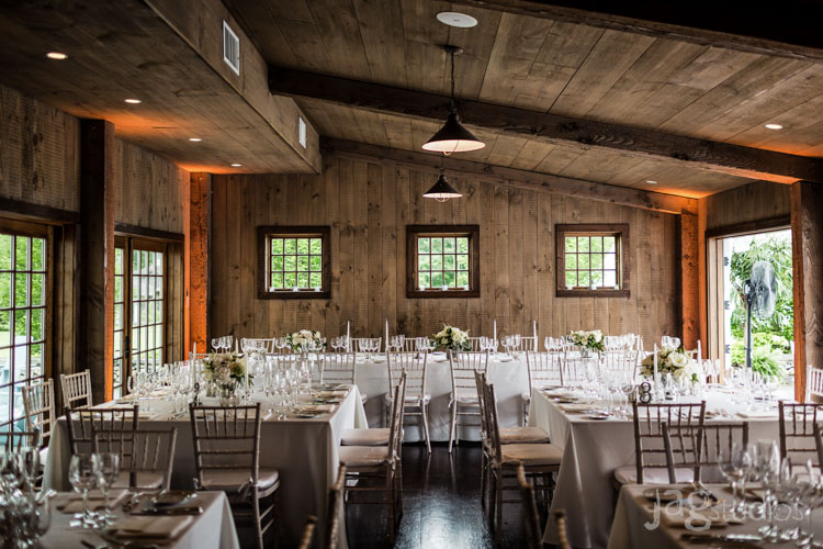 jagstudios-rayna-fraser-winvian-barn-morris-ct-destination-wedding-photography-012