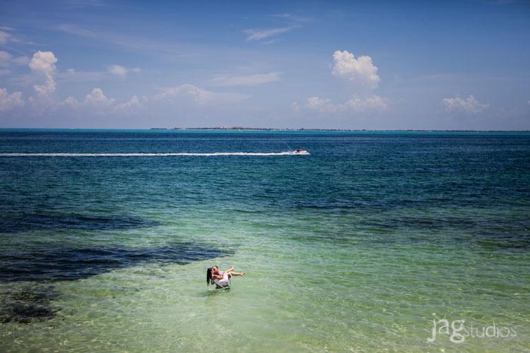 destination-mexico-portraits-jagstudios-photography-excellence-resort-brittany-josh-006