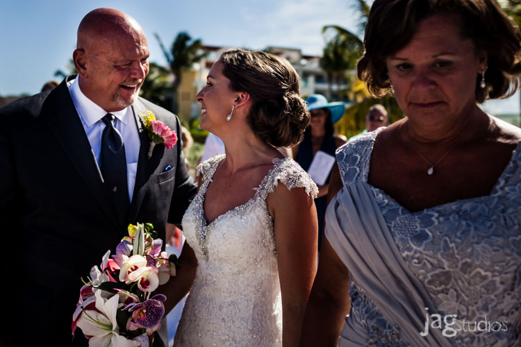 destination-mexico-wedding-jagstudios-photography-excellence-resort-brittany-josh-012