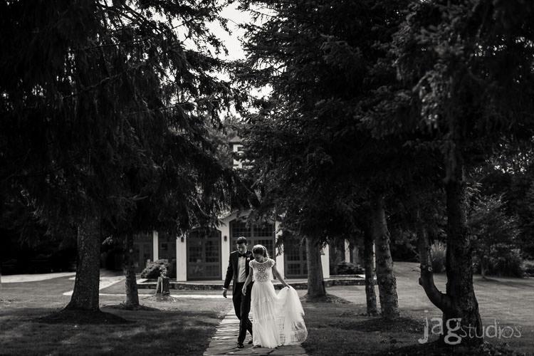 Julie + Bryan :: Winvian Wedding©2016 @JAGstudios :: Jacklyn Greenberg