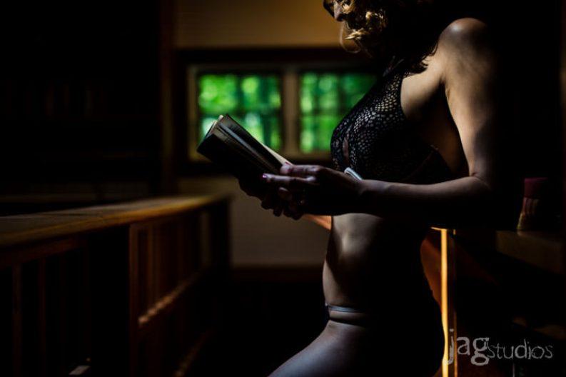 risqué portrait risque-boudior-winvian-sexy-intimate-kristen-jagstudios-photography-012