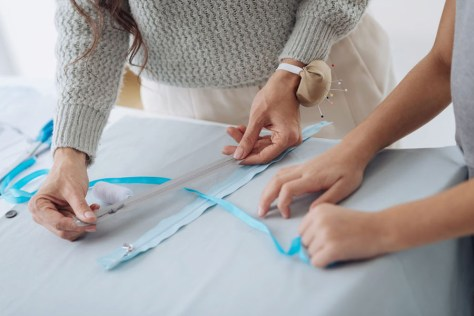 Zips and zippers sewing tutorials