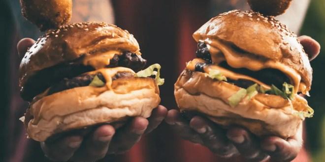 Coup de com : Des burgers gratuits pour les parisiens, dépêchez-vous ! 🍔