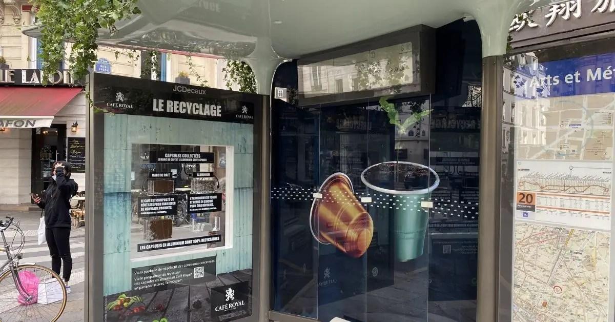 cafe-royal-marketing-outdoor