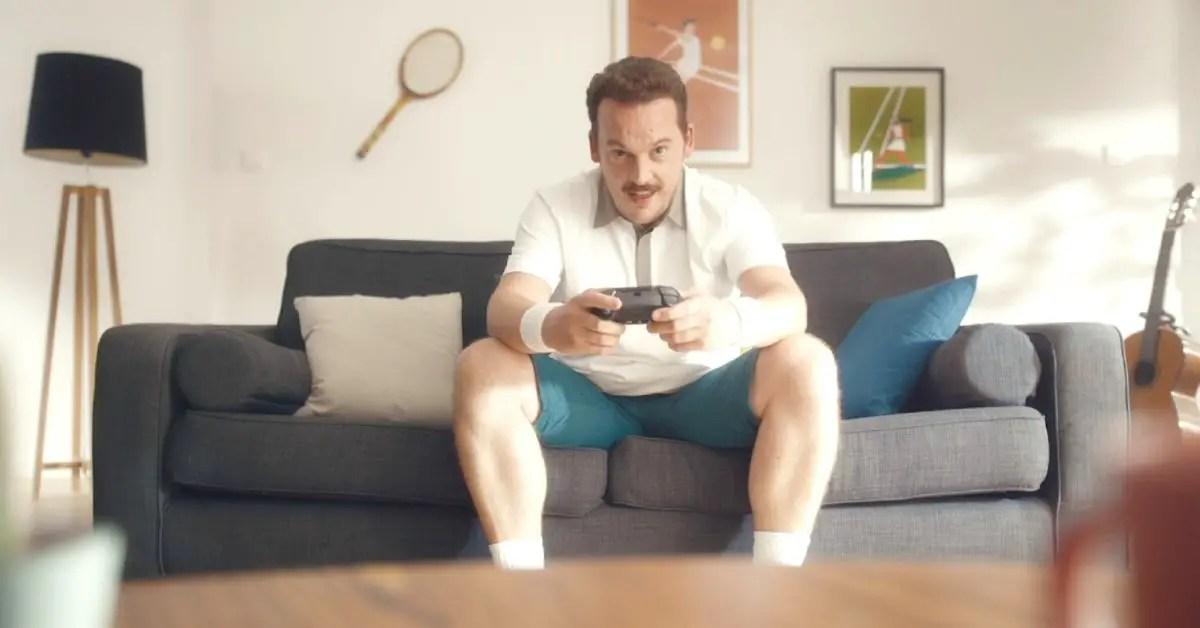 tennis-homme-maison-jeu-video