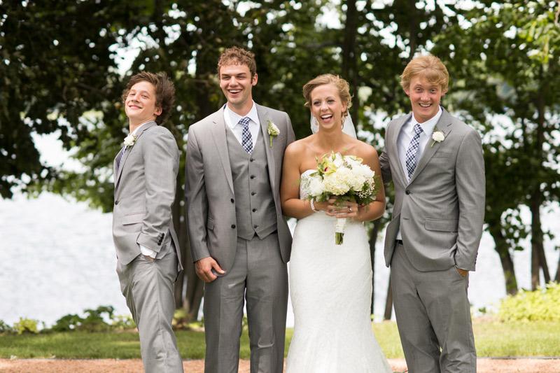 family-portrait-fun-wedding