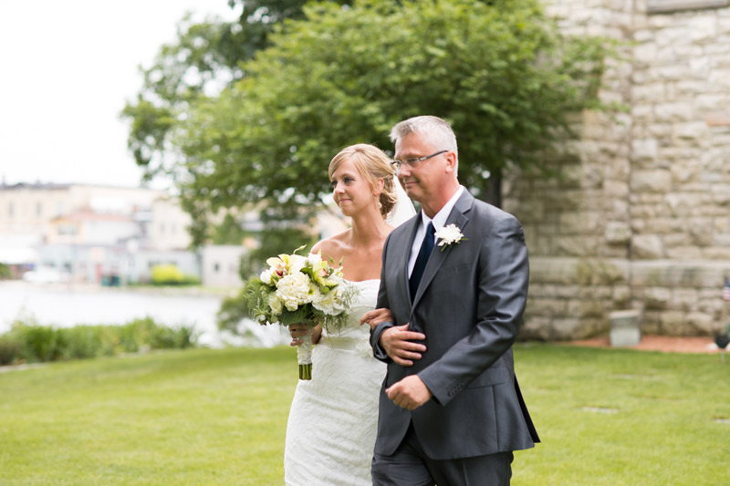 bride-father-of-the-bride-wedding