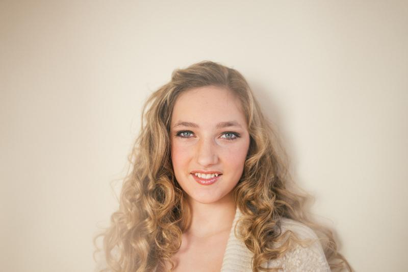 senior-pictures-makeup-hair