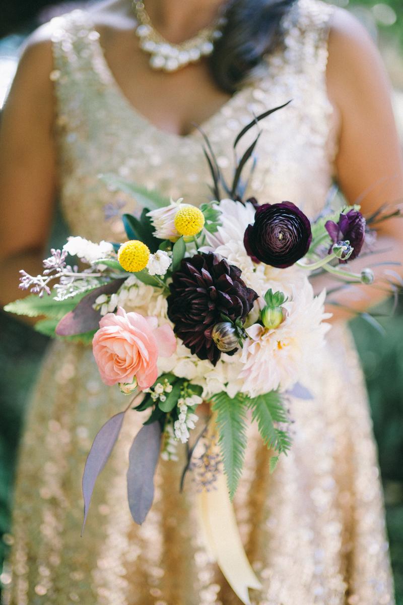 Minneapolis fine art wedding photography of wedding bouquet