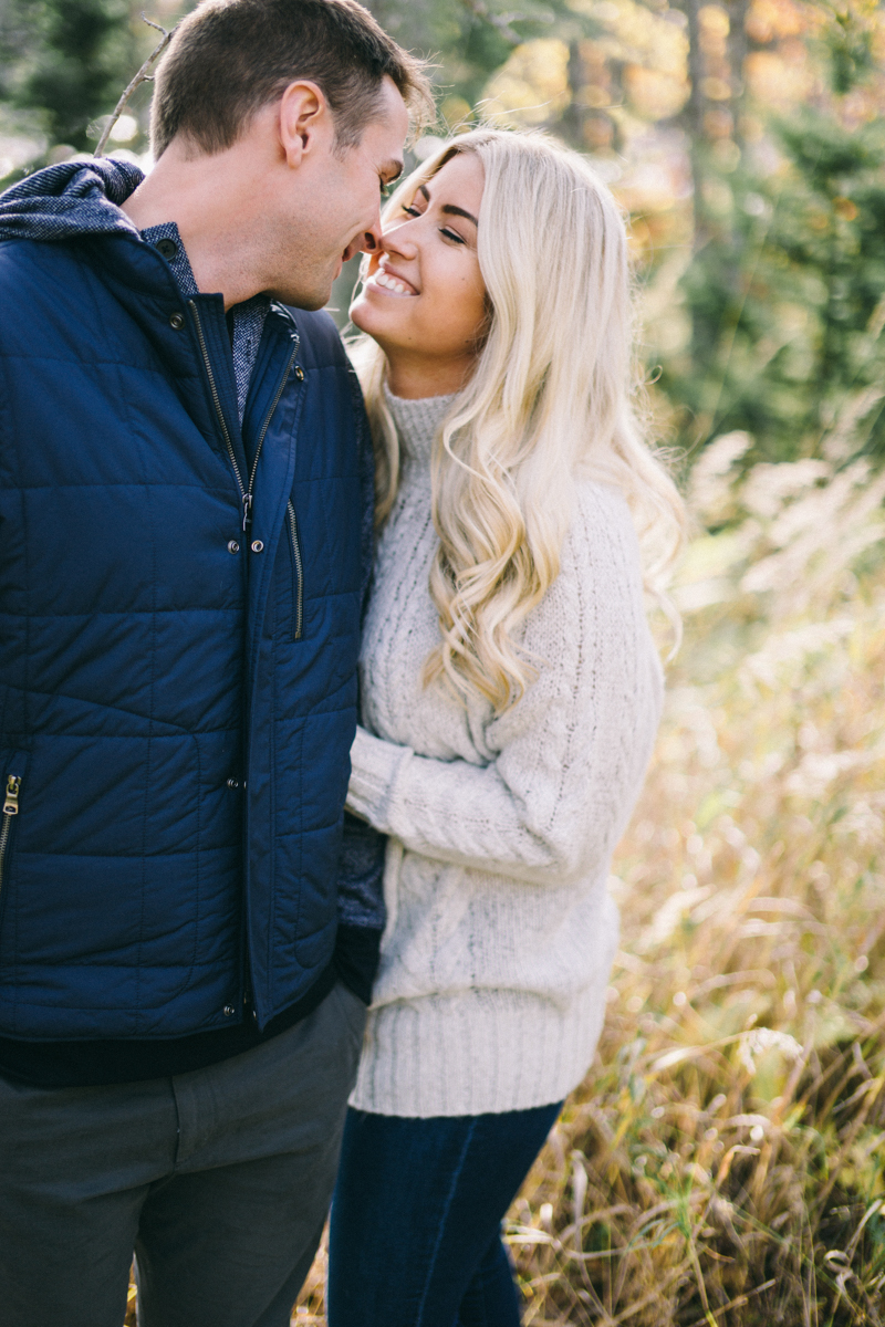 engagement photo tips