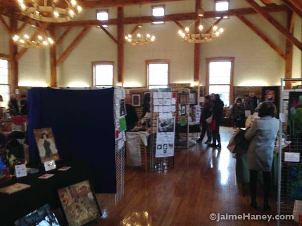 Artisans-Market-in-the-upstairs-Rapp-Owen-Granary_4348