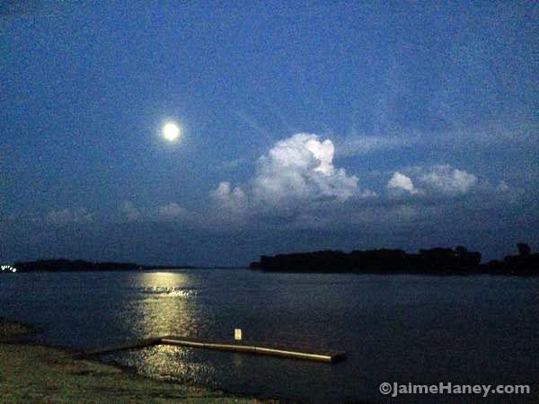 Full moon over Ohio River