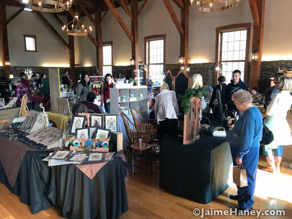 ARtisans Market at Christmas in New Harmony 2018