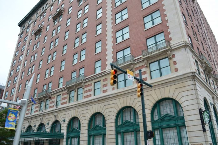 Where to stay in Indianapolis? Omni Severin  Chicago Blogger Travel Blogger Quiet Travel Anxious Traveler