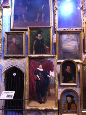 The portraits in Hogwarts were frequently portraits of producers, set designers, and other creative people!