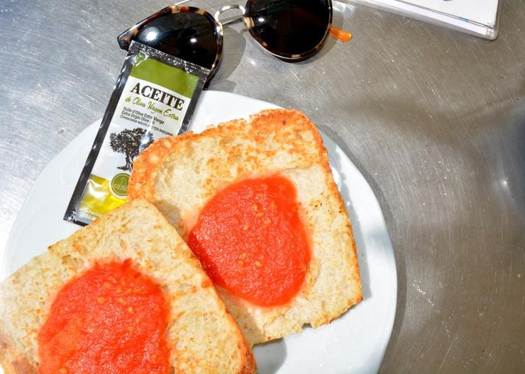 Madrid Spaanse Pan Con Tomate met olijfolie