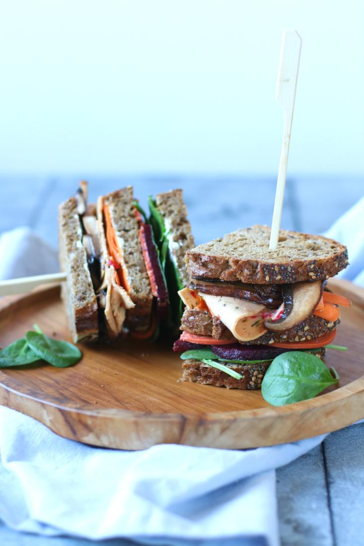 Vega lunch broodje met gemarineerde portobello www.jaimyskitchen.nl