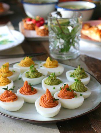 Gevulde eieren met avocado, tomaat en kerrie www.jaimyskitchen.nl