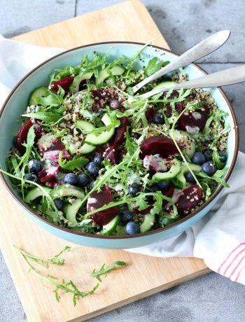 Recept salade quinoa met blauwe bessen www.jaimyskitchen.nl