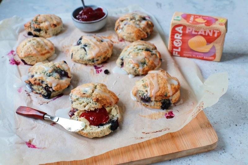 Vegan scones met blauwe bessen www.jaimyskitchen.nl