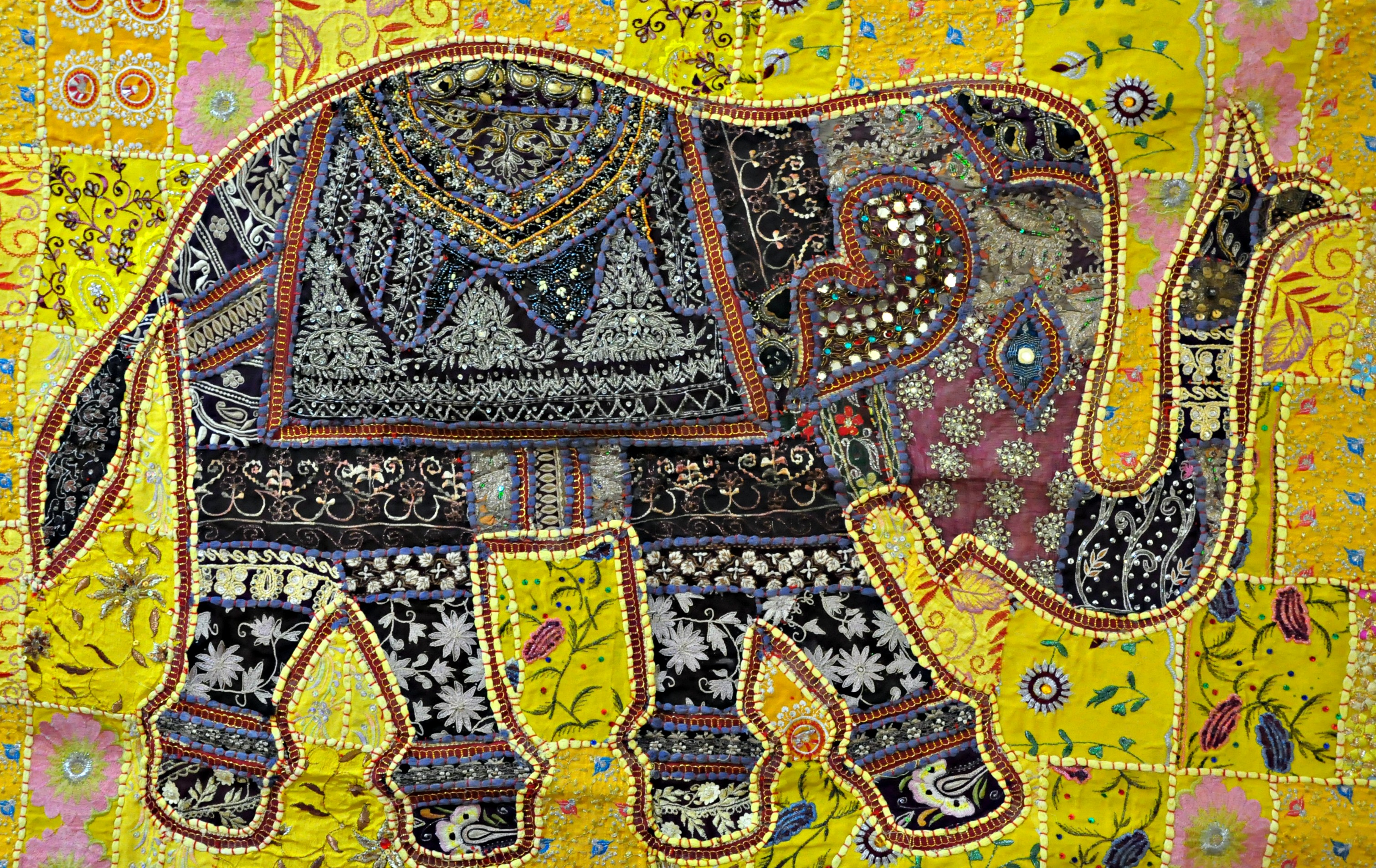 Indian Vintage Handmade Patchwork Tapestry Wall Hanging