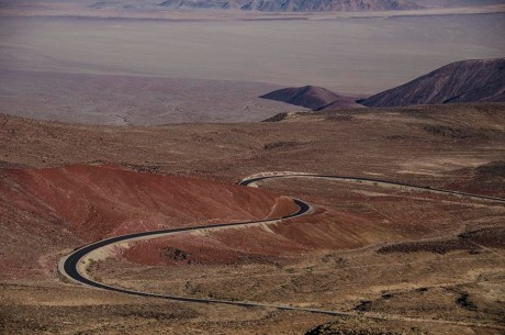 Serpent de route - Death Valley - USA
