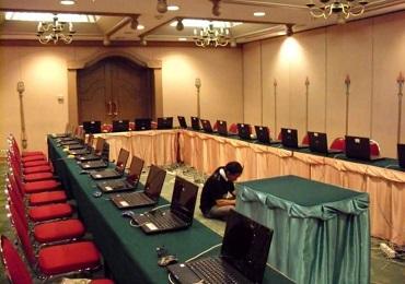 Setting/ installasi laptop di kerjakan oleh teknisi berpengalaman